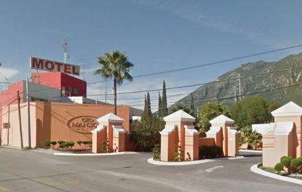 Motel-mansion-1