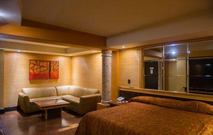 Motel-mansion-3